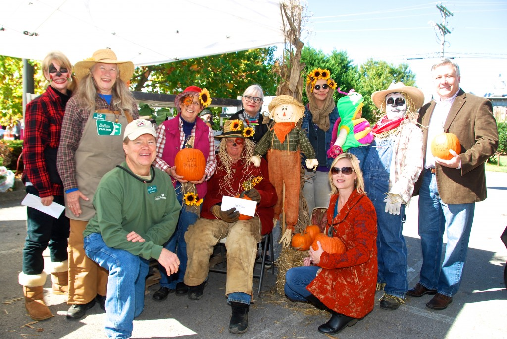 Hank & Cindy Delvin took 1st Place for Best Dressed Scarecrow and Best Decorated Booth